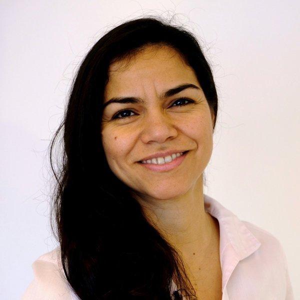 Rosa Binnewies, Praxisinhaberin, Ergotherapeutin und zertifizierte Handtherapeutin